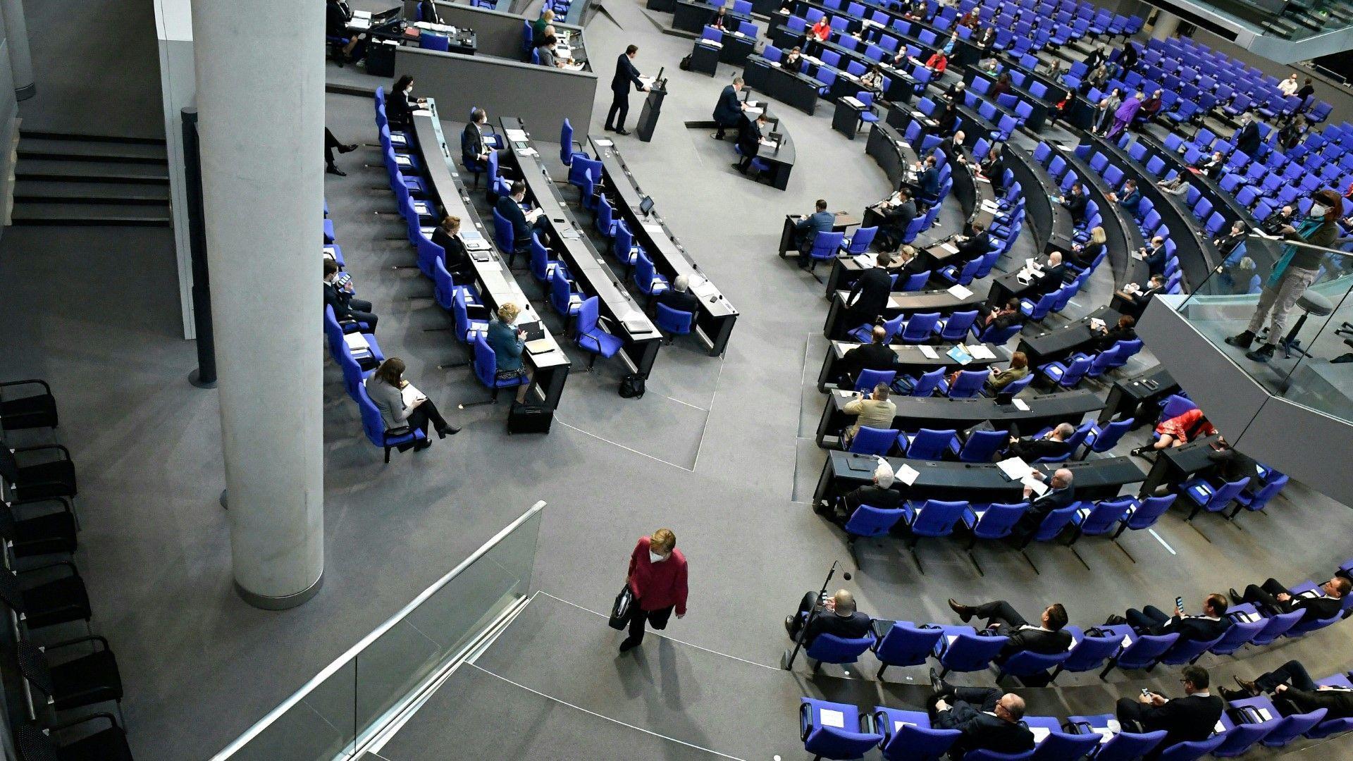 Bundestag beschließt bundeseinheitliche Corona-Notbremse
