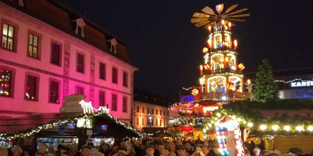 Weihnachtsmarkt eröffnet: Über 80 Stände und jede Menge Highlights