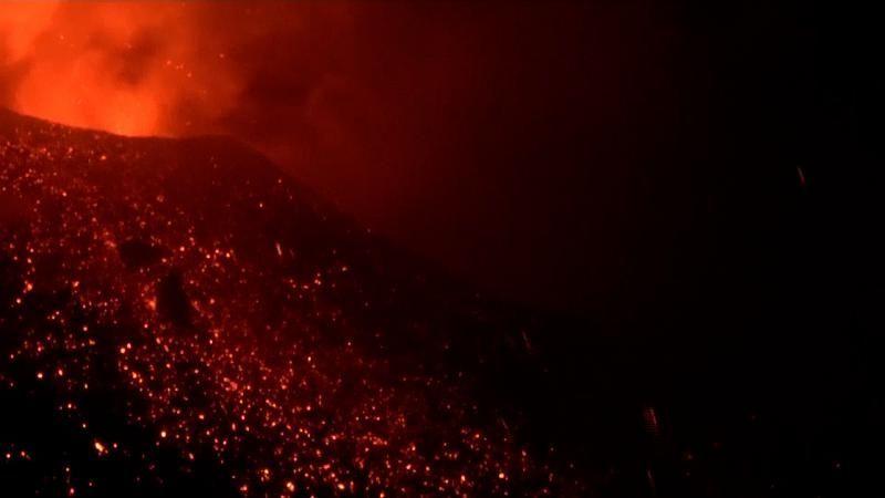 Spektakuläre Nachtbilder vom Ausbruch des Vulkan Ätna